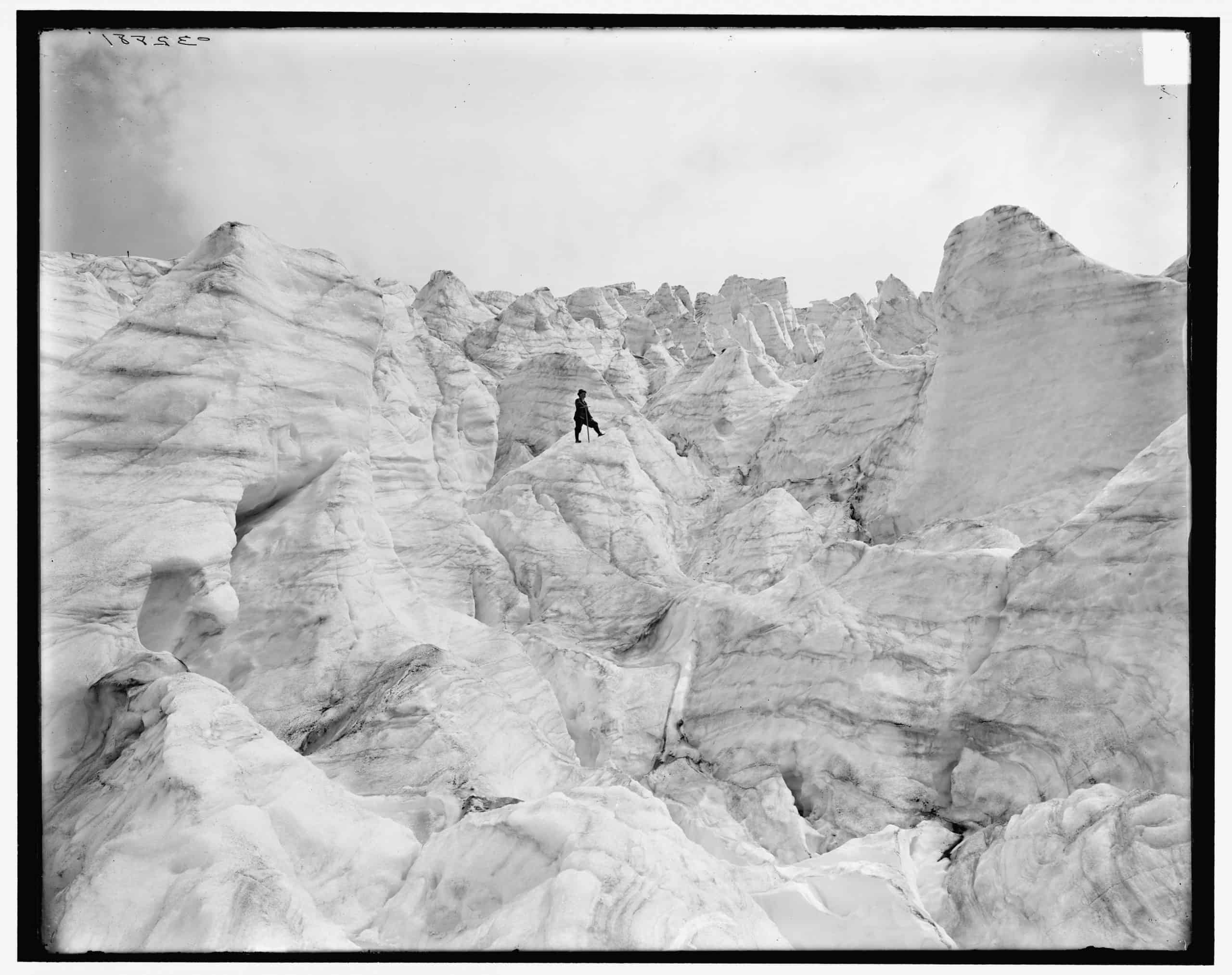 Illecillewaet Glacier from Seracs, Selkirk Mts., British Columbia, Detroit Publishing Co., between 1900 and 1910