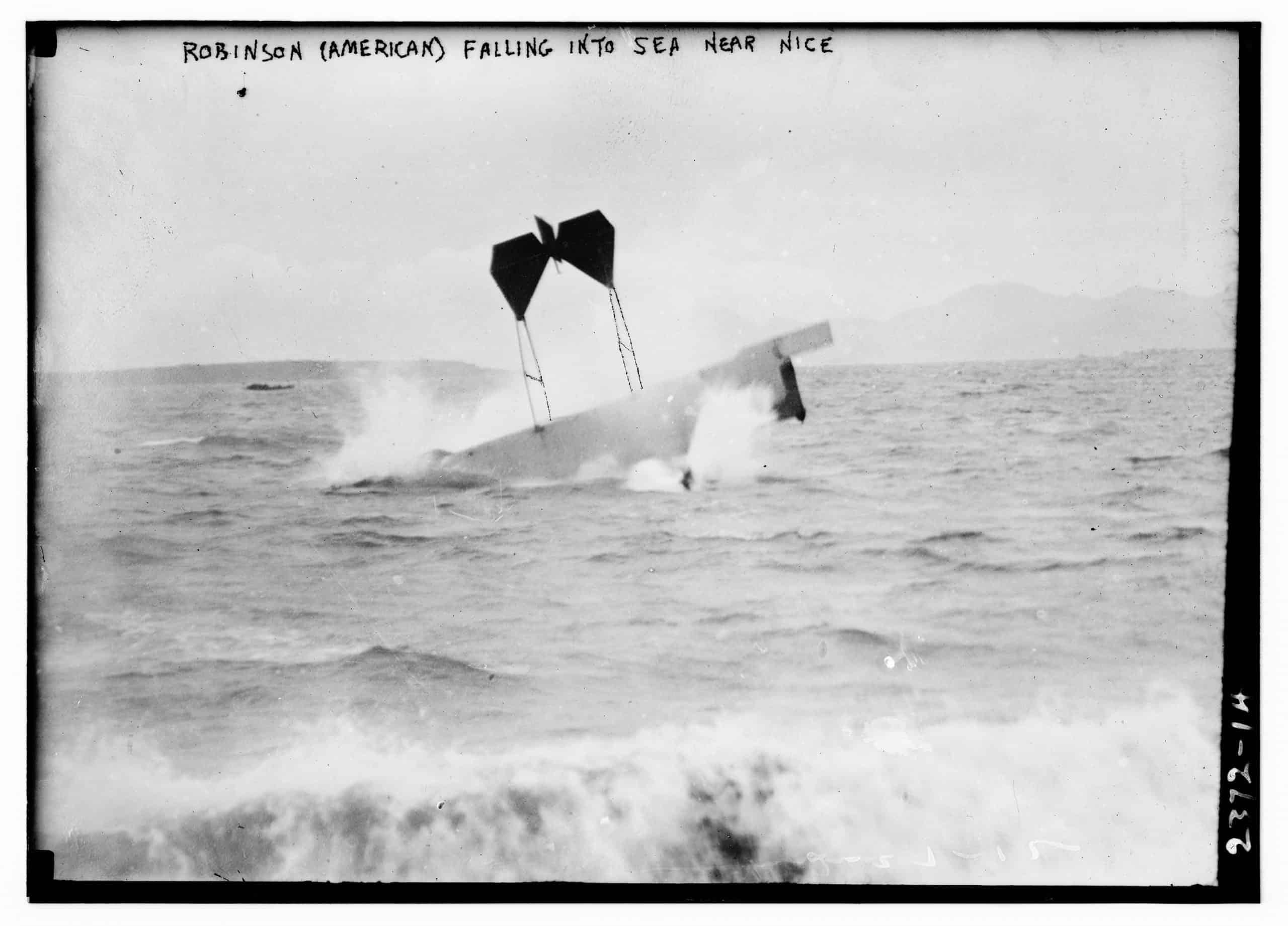 Robinson (American) falling into sea near Nice, Photo shows airplane of pilot and daredevil Hugh Armstrong Robinson making a crash landing on water near Nice, France, Bain News Service, 1912