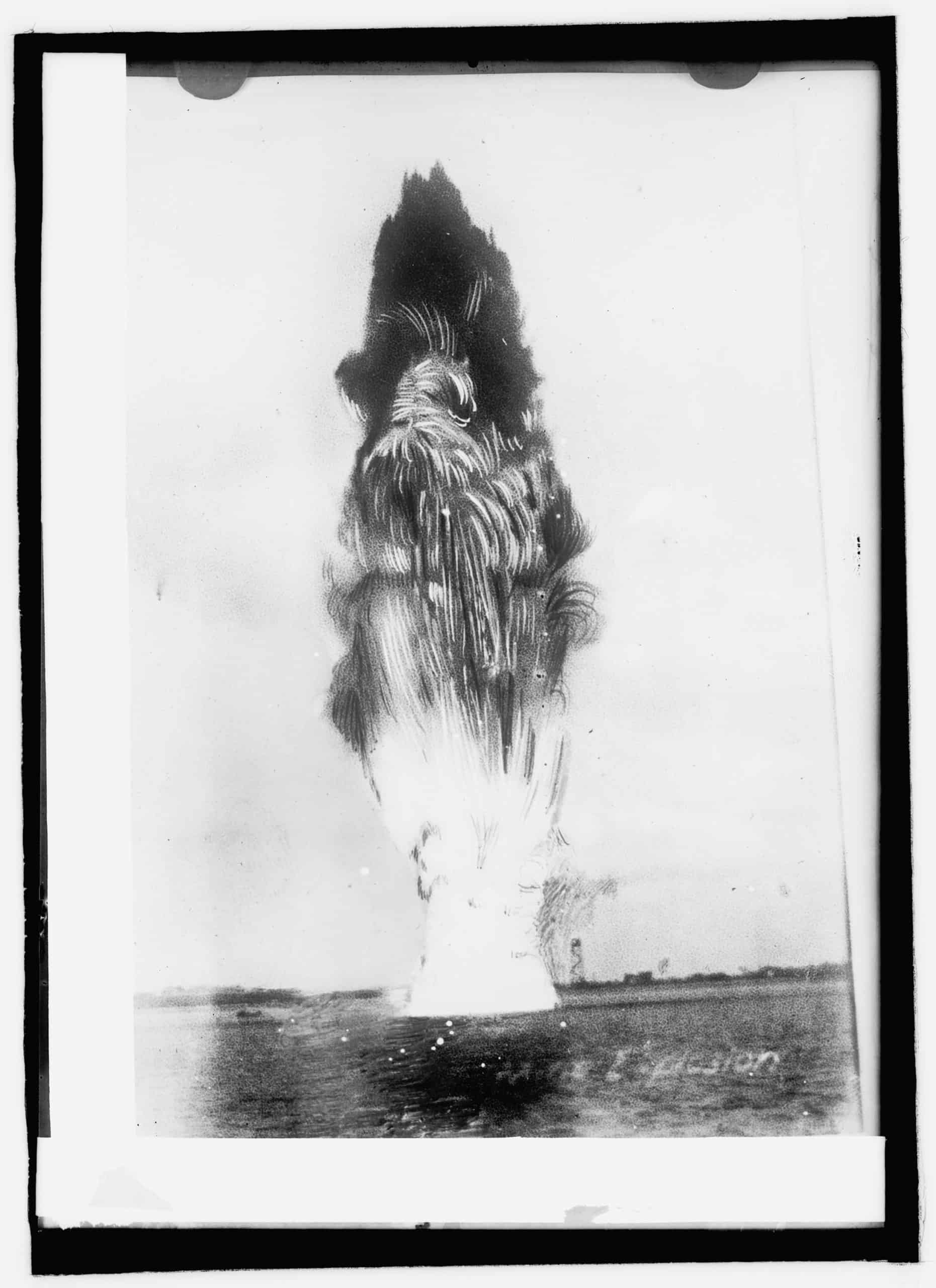 Submarine mine explosion, unknown photographer, between 1908 and 1919